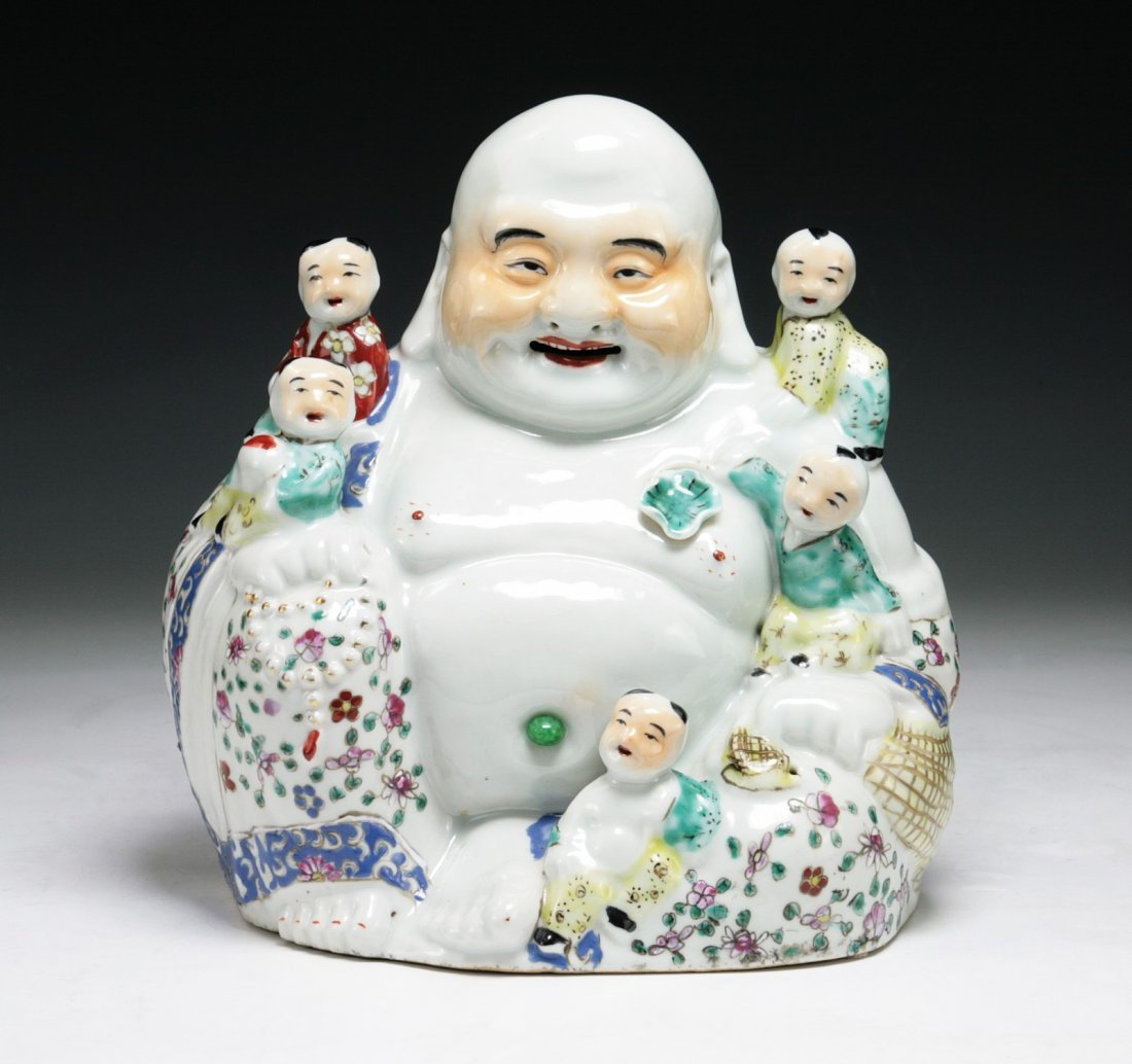 A Chinese Antique Famille Rose Buddha