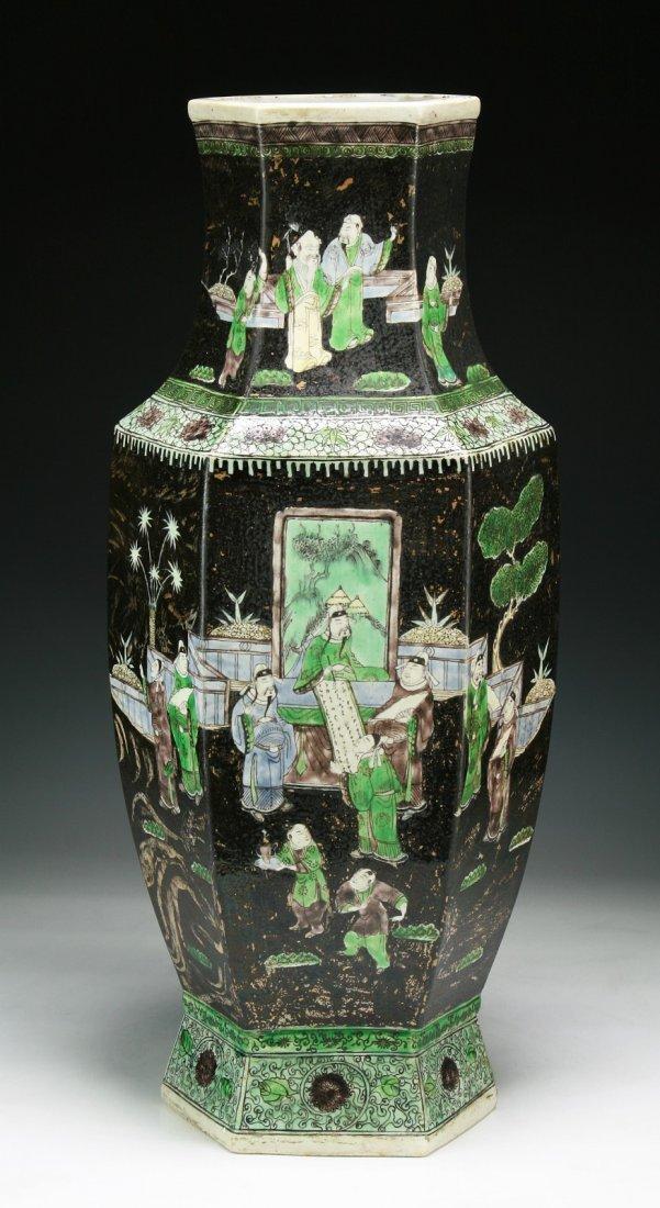 A Big Chinese Antique Famille Noire Susancai Porcelain