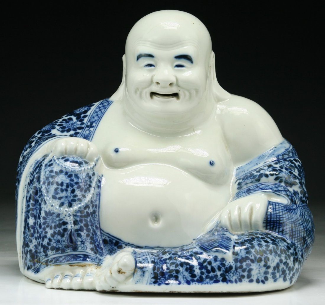 A Chinese Antique Blue & White Porcelain Buddha