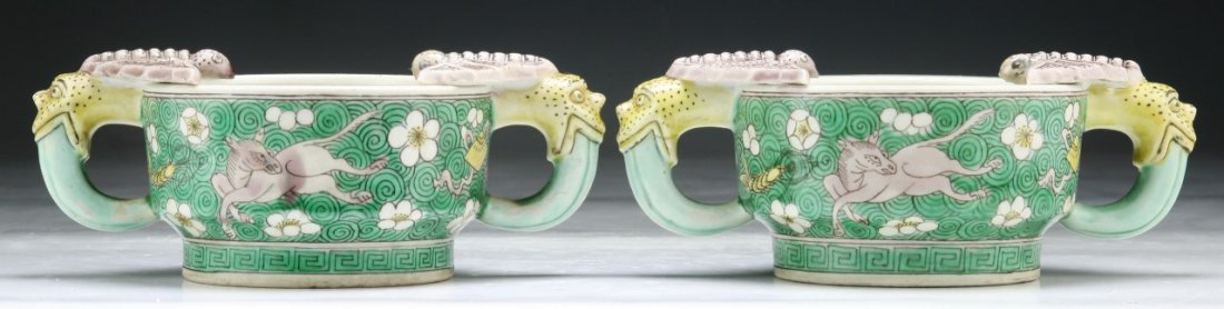 Pair Chinese Antique Famille Rose Porcelain Bowls With