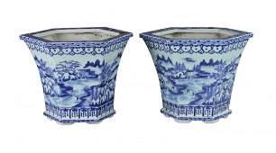 Pair Chinese Antique Blue  White Porcelain Planters