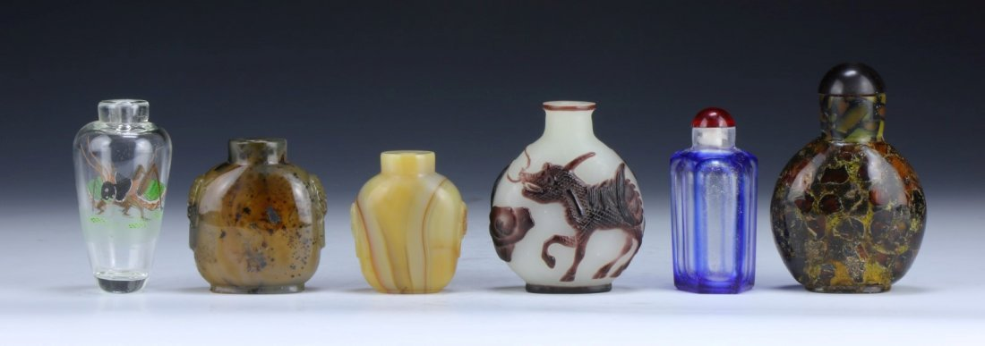 Group Of Six (6) Agate & Peking Glass Snuff Bottles - 2