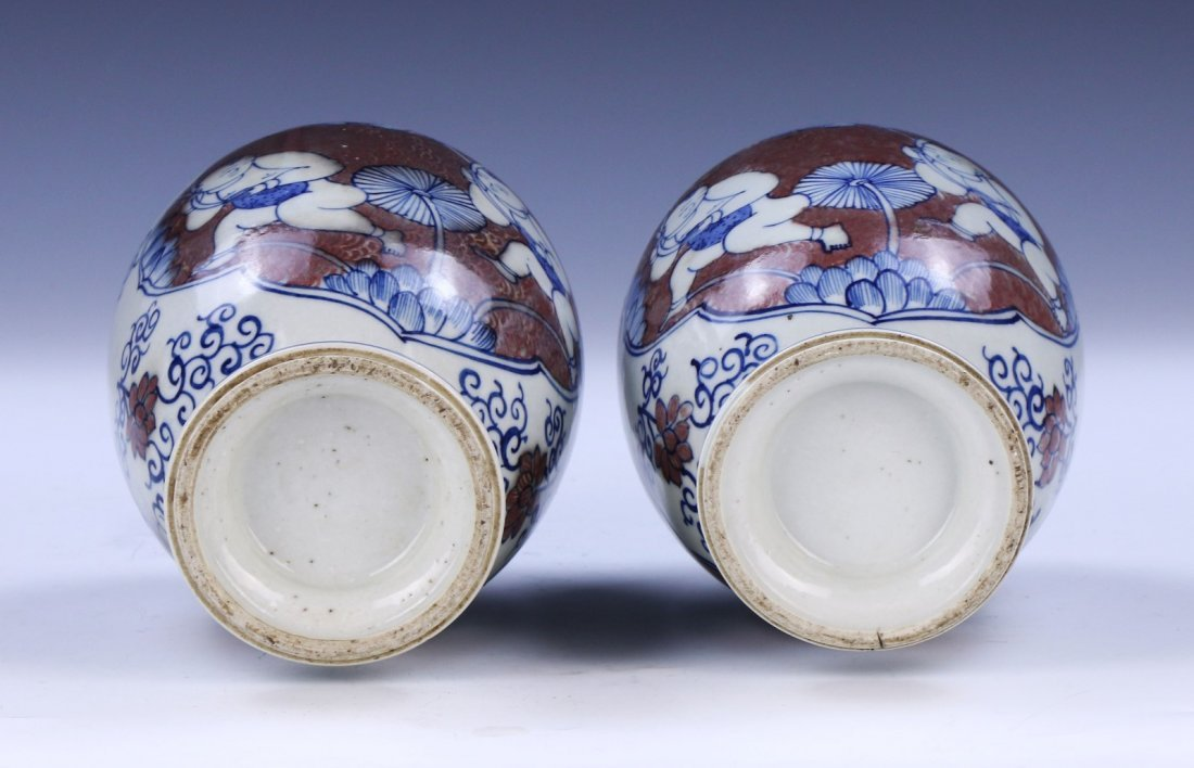 PAIR CHINESE ANTIQUE BLUE & WHITE UNDERGLAZED RED - 4