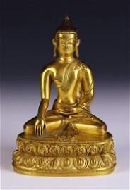 A CHINESE ANTIQUE GILT BRONZE BUDDHA