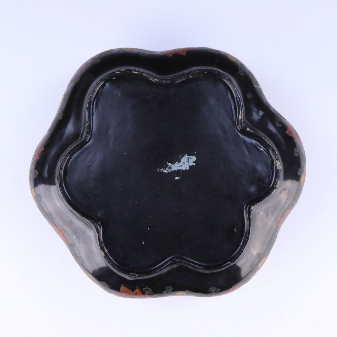 A CHINESE ANTIQUE LACQUER LIDDED CASE - 3