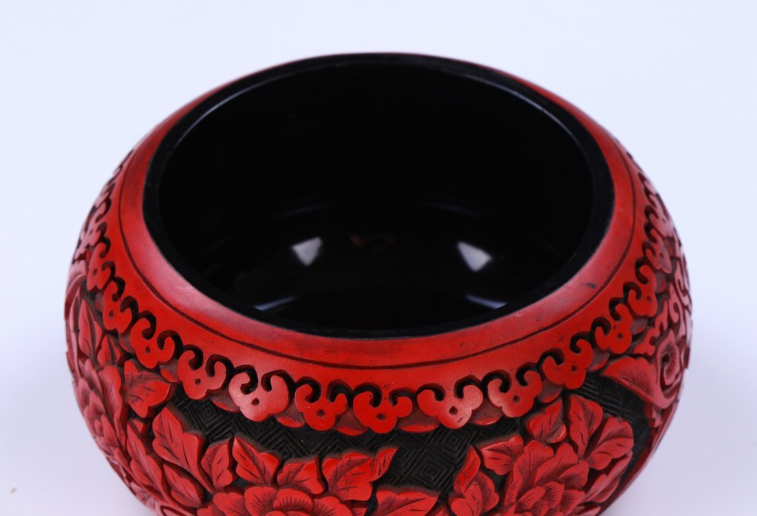 A CHINESE ANTIQUE RED CINNABAR LACQUER LIDDED CASE - 3