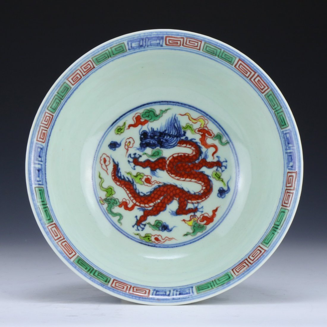 A FINE WUCAI 'DRAGON AND PHOENIX' BOWL - 4