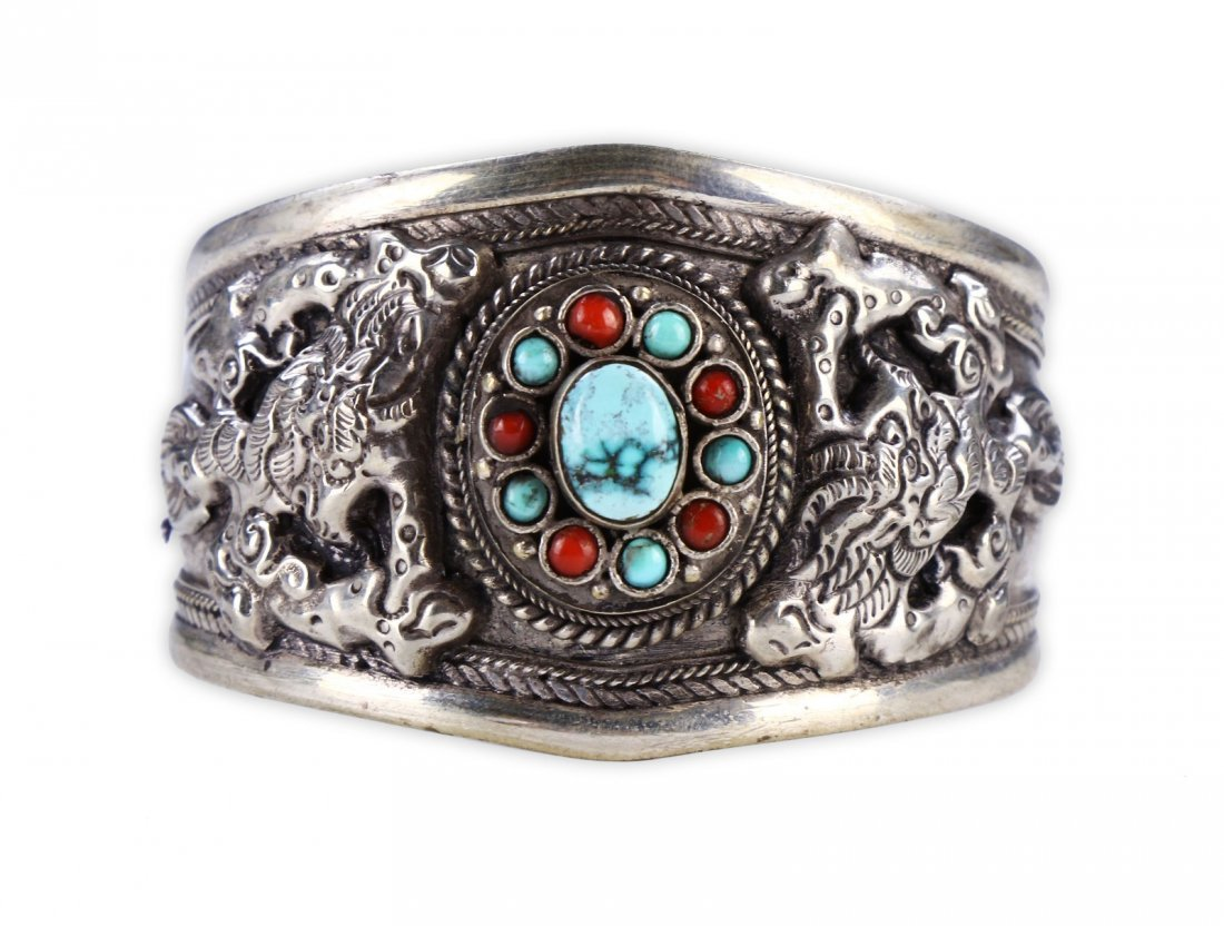 A CHINESE ANTIQUE CORAL, TURQUOISE, & SILVER BANGLE - 2