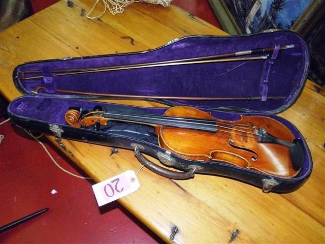Antique Violin w/Case