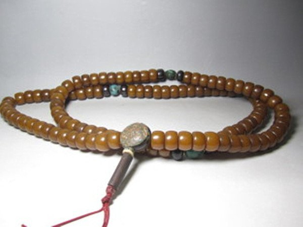 72: An Old Natural Beewax Beads Buddhist Necklace