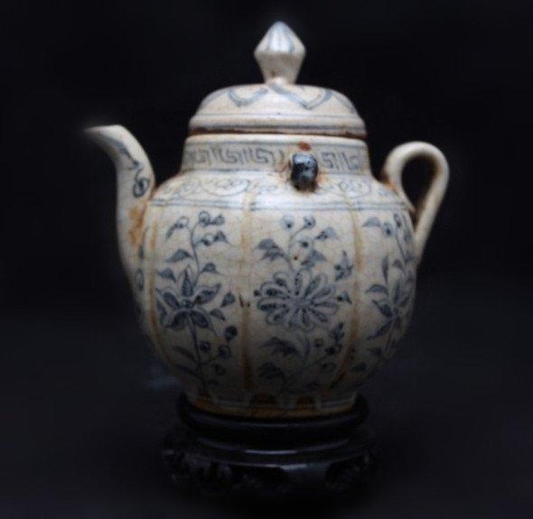A Ming Style Teapot