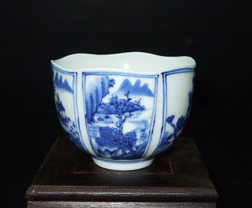 Fine Chinese Blue and White Cup
