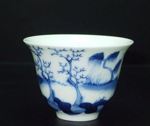 Fine Chinese Blue & White Cup