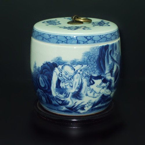 Fine Chinese Blue & White Container
