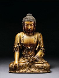 Ming Imperial Style Guilt-Lacquered Wood Buddha