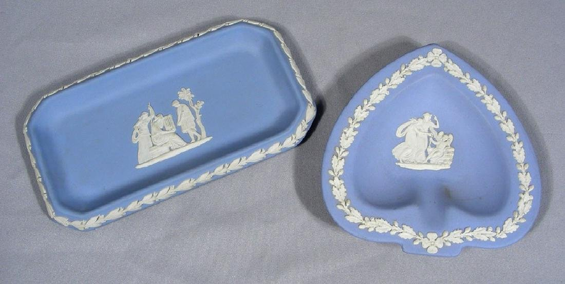 TWO AUTOGRAPHED WEDGWOOD DISHES