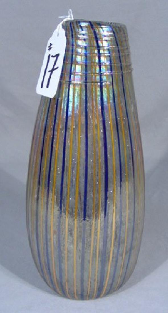 IRIDESCENT HAND BLOWN ART GLASS VASE
