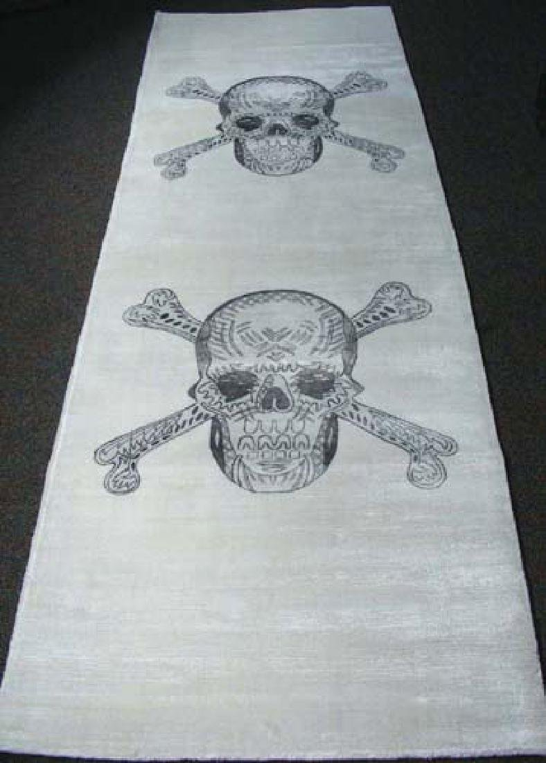 UNUSUAL HAND KNOTTED & PAINTED SKULL MOTIF RUNNER