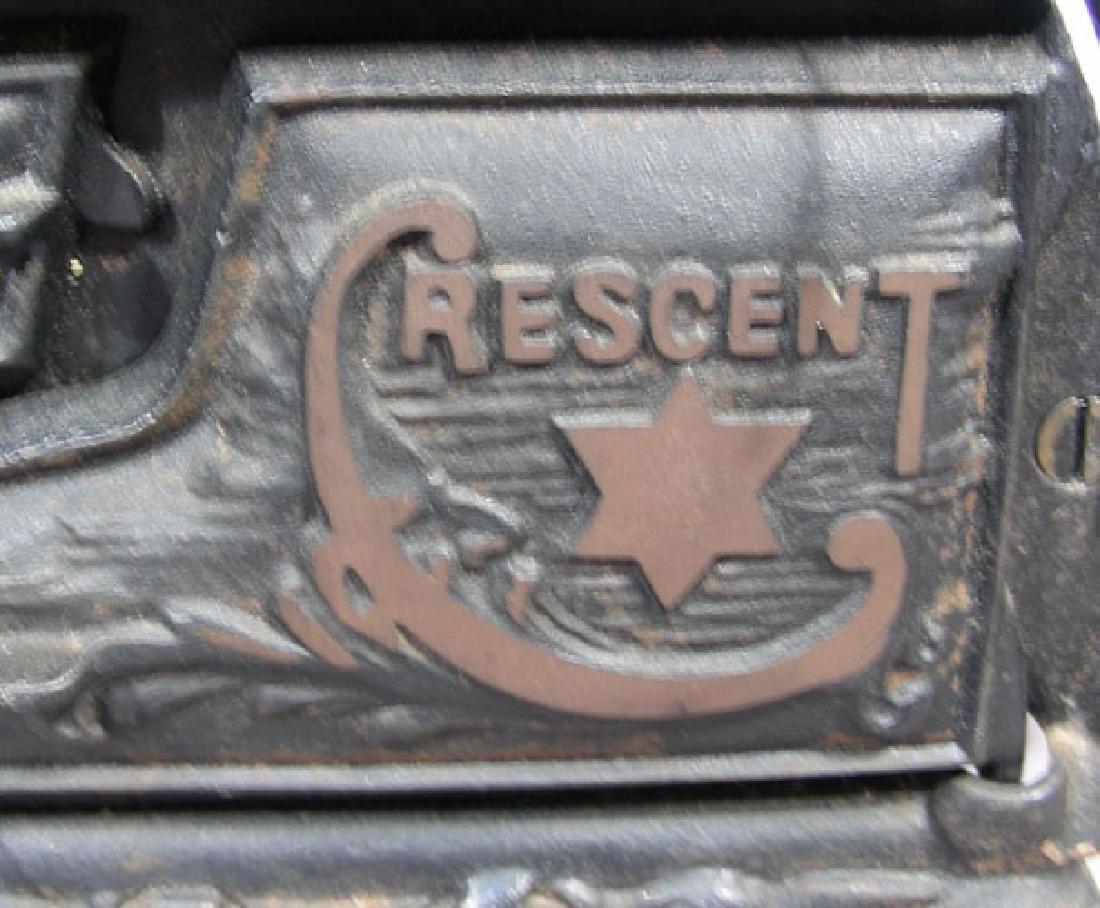 """ANTIQUE """"CRESCENT"""" CAST IRON SALESMEN'S STOVE - 2"""