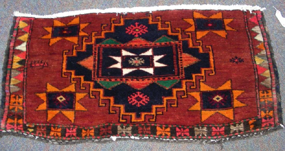 SEMI ANTIQUE HAND KNOTTED SHIRAZ AREA RUG