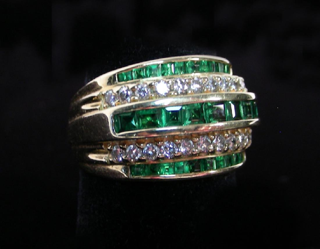 LADIES 14K YELLOW GOLD, TSAVORITE GARNET & DIAMOND RING
