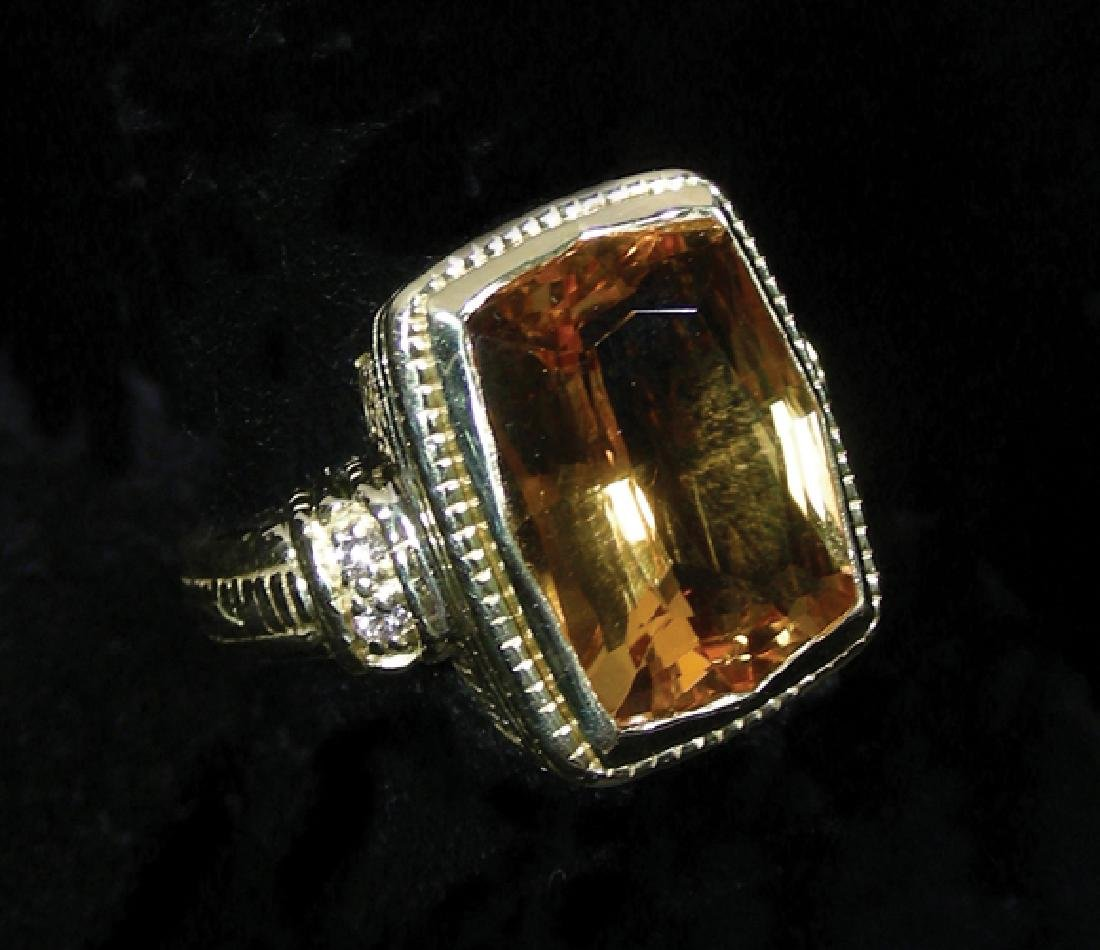 LADIES 18K YELLOW GOLD, CITRINE AND DIAMOND RING