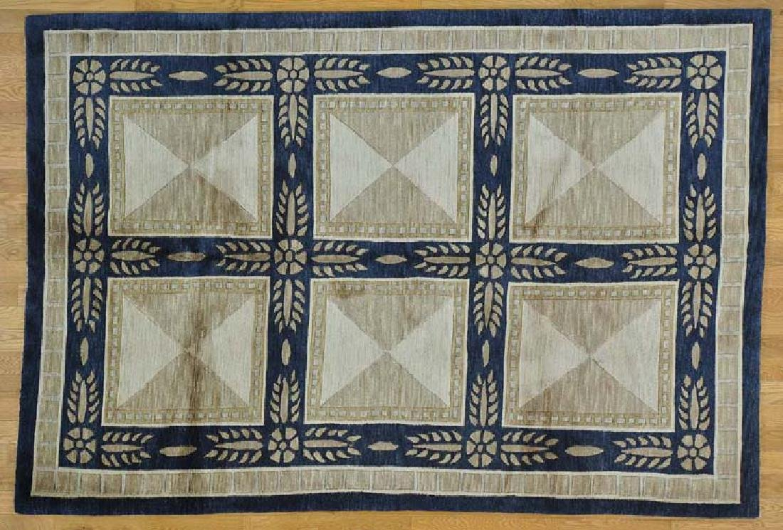 UNUSUAL HAND KNOTTED VERSACE DESIGN NEPALI AREA RUG