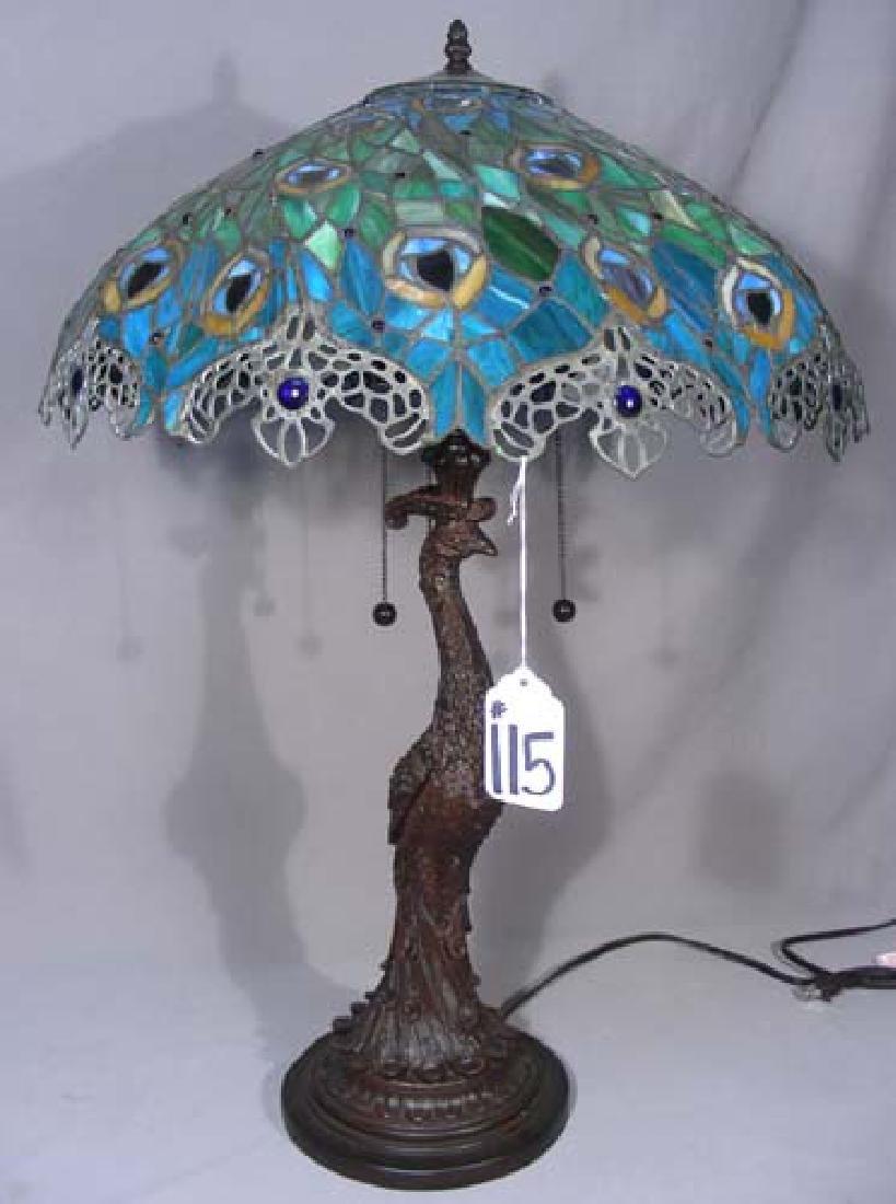 LEADED GLASS PEACOCK MOTIF TABLE LAMP