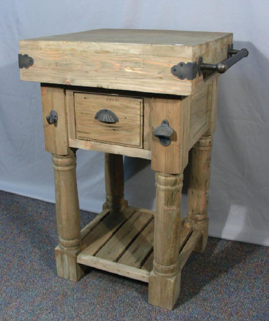 SMALL RUSTIC CHOPPING BLOCK STYLE TABLE