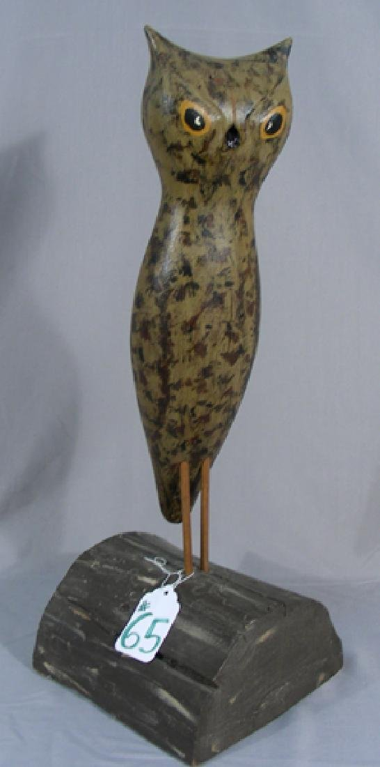 VINTAGE HAND CARVED AND PAINTED WOODEN SCULPTURE OF OWL