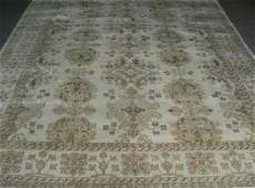 HAND KNOTTED INDO OUSHAK AREA RUG
