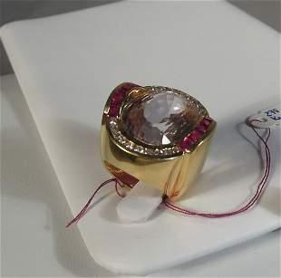 LADIES LARGE 18K Y.G., KUNZITE, DIAMOND AND RUBY RING