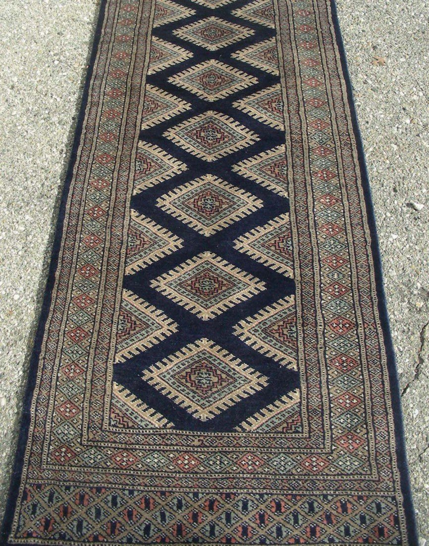 19: BOKHARA RUNNER Traditional pattern in blue and beig