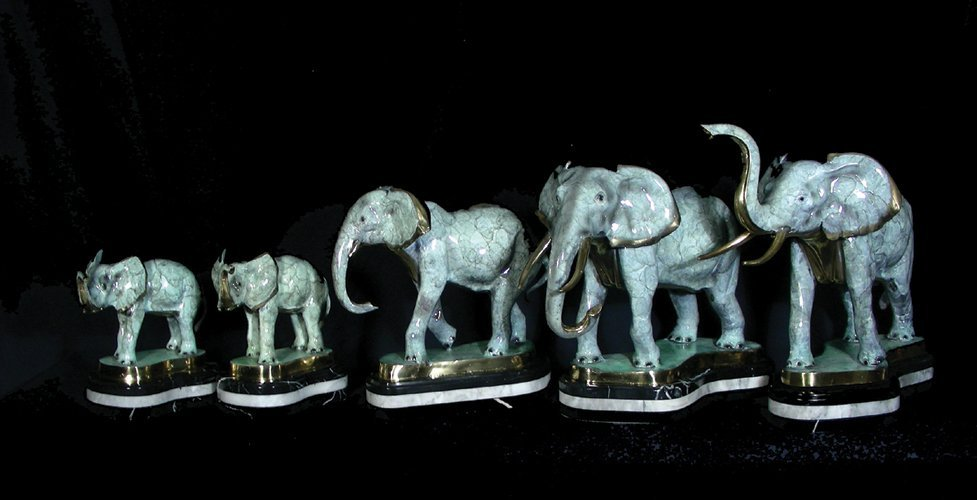 84: GROUP OF FIVE GRADUATED BRONZE ELEPHANTS