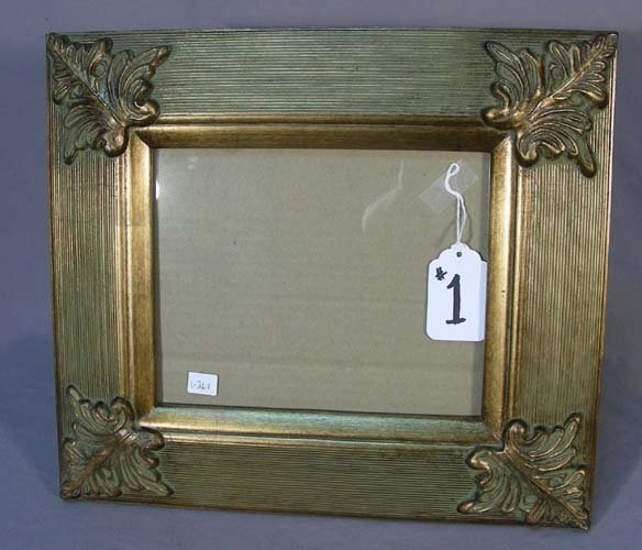 1: GILT PHOTO FRAME