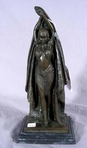 18: ART DECO STYLE BRONZE SCULPTURE OF STANDING WOMAN