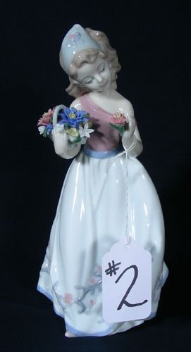 ITALIAN PORCELAIN SCULPTURE - GIRL WITH FLOWERS