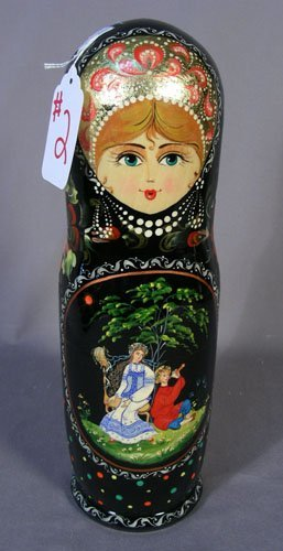 HAND PAINTED RUSSIAN BLACK LAQUER FIGURAL BOX