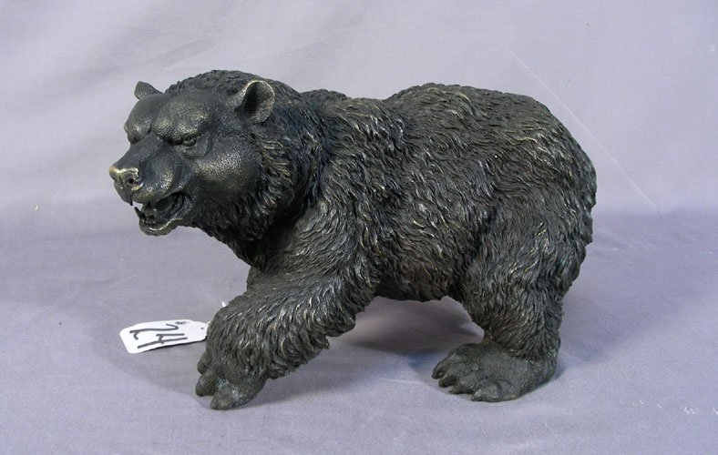 BRONZE SCULPTURE OF GRIZZLY BEAR