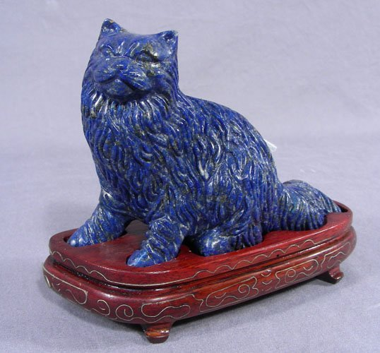 FINE CHINESE HAND CARVED LAPIS SCULPTURE OF CAT