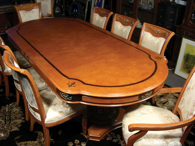 OUTSTANDING ITALIAN HAND CARVED DINING ROOM TABLE WITH