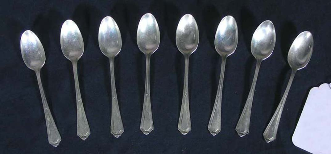 GROUP OF EIGHT ANTIQUE STERLING SILVER DEMI TASSE