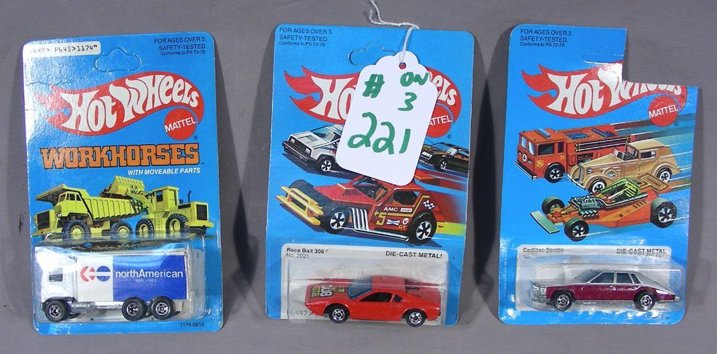 GROUP OF THREE DIE CAST HOT WHEELS  CARS