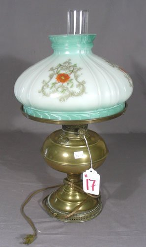 RAYO ANTIQUE BRASS & GLASS OIL LAMP