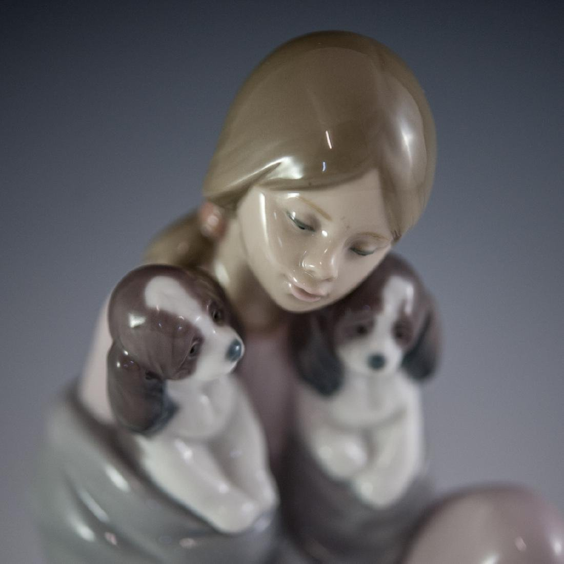 "Lladro Porcelain ""Snuggle Up"" Figurine - 2"