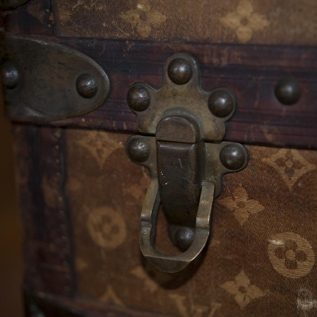 Antique Louis Vuitton Cloth Cabin Trunk - 4