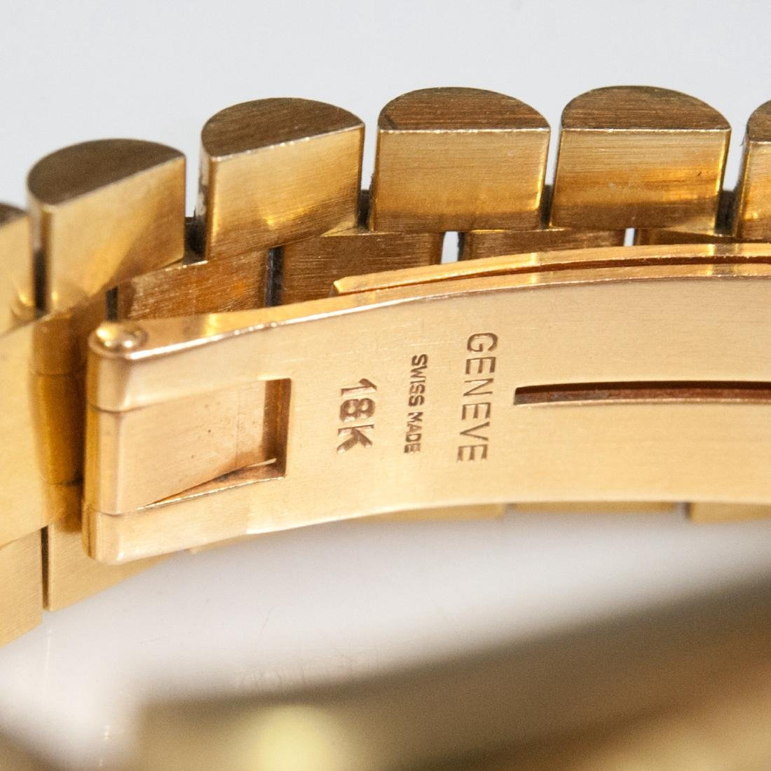 Rolex 18kt Gold Oyster Perpetual Day Date - 8