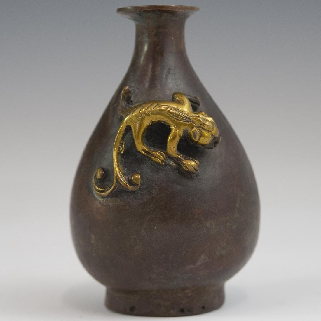 Chinese Diminutive Bronze Yuhuchunping Vase - 4