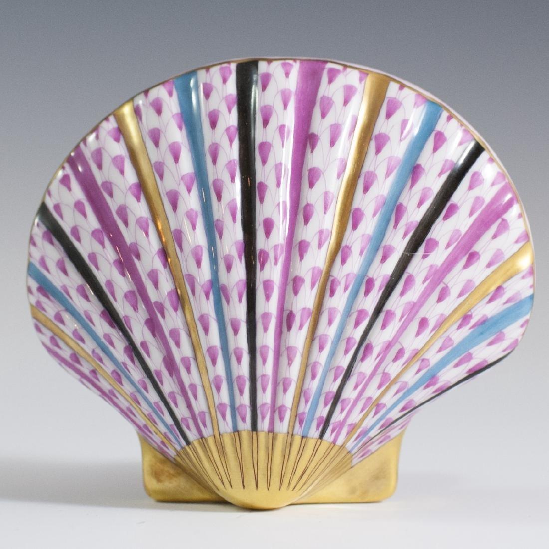 """Herend Porcelain Fishnet """"VHP"""" Sea Shell"""