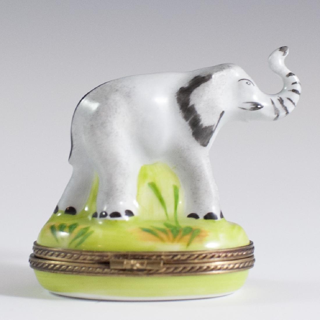 Eximious Limoges Porcelain Trinket Box - 2